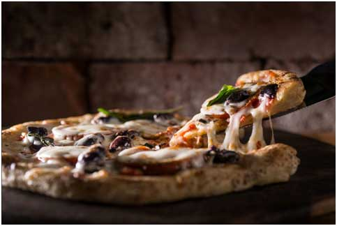Explore the Best Pizza Places Malden for Dining Out or Delivery